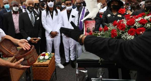 Family Members And Civil Rights Leaders Mourned Andrew Brown And Called For Justice At His Funeral
